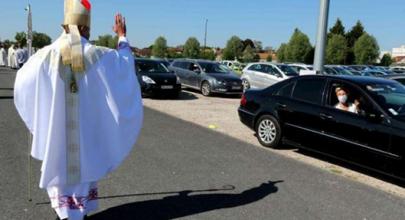 Thánh lễ xe hơi ở Châlons