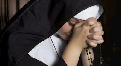 Không phải là người công giáo nay trở thành nữ tu