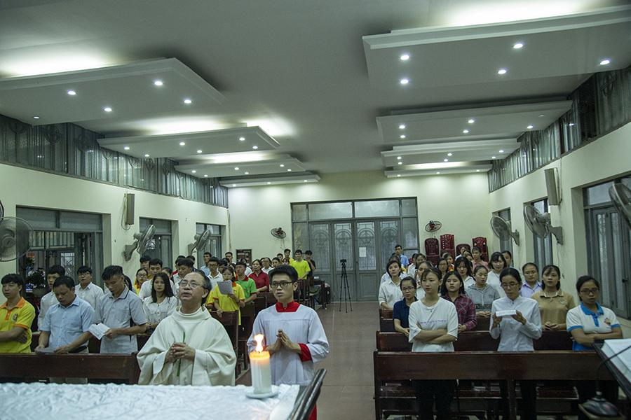 sinh viên công giáo Hưng Hóa