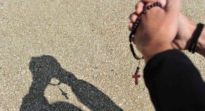 Đức Thánh Cha khuyến khích đọc kinh mân côi